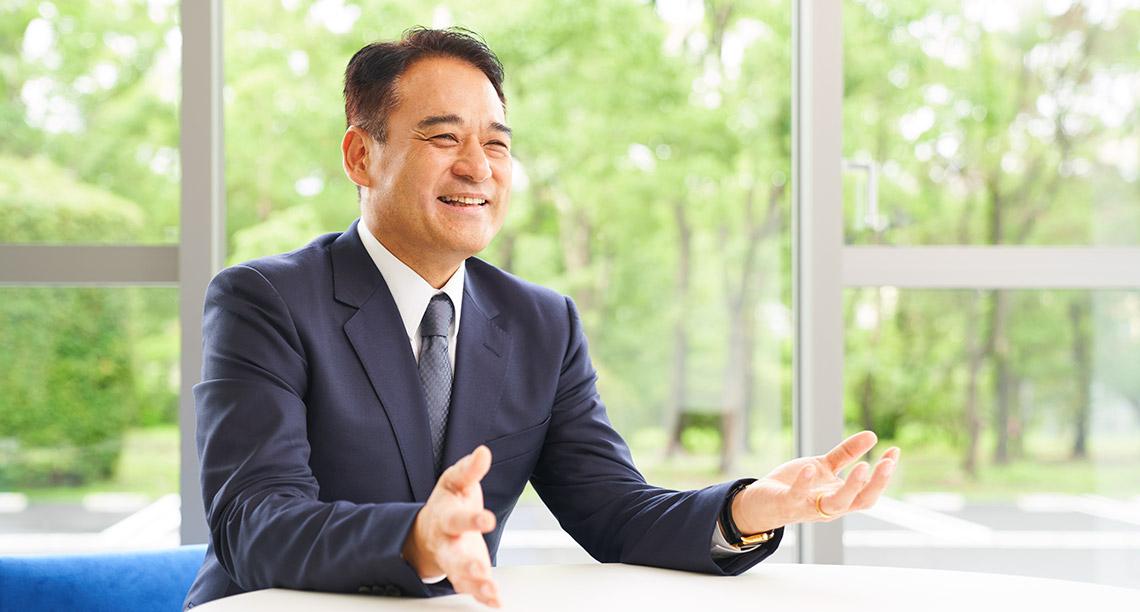 代表取締役社長 亀山 豊